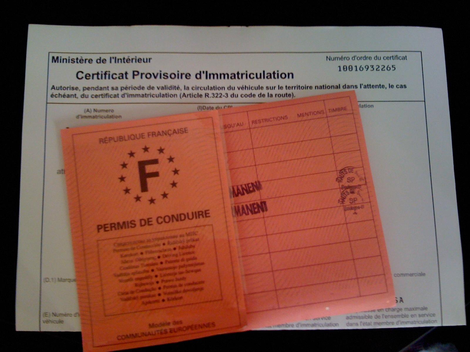 Les informations importantes à savoir lire sur une carte grise (certificat d'immatriculation)